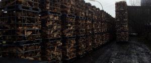 Stockage de bois dans des armatures de cuves