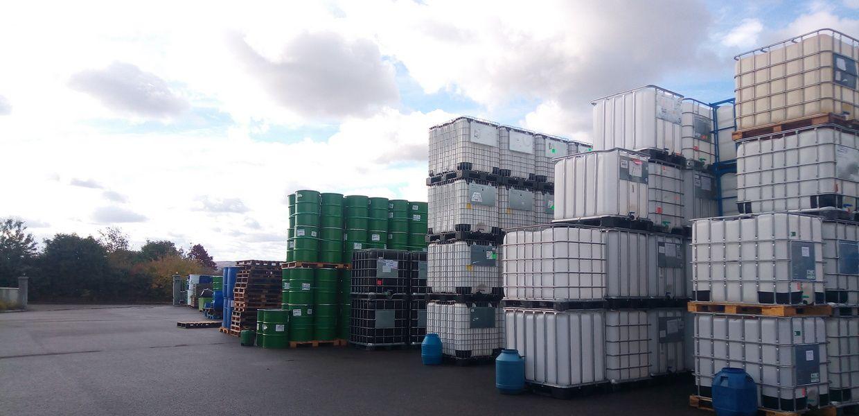 Stock de Cuves & Fûts disponibles chez Containers Service